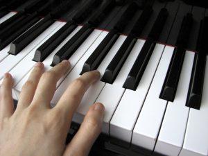 八王子でピアノ演奏
